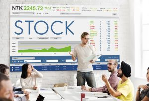 Preferred Stock Vs Common Stock: Differences and Commonalities